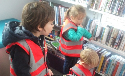 Mobile Library visits the village